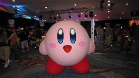 The Pink Puffball himself, on-hand for greetings at the Nintendo Gaming Lounge